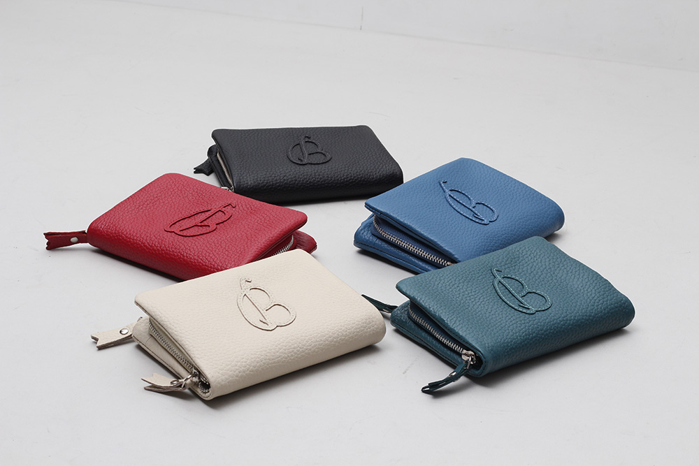 Customized Pure Leather Accessories_03